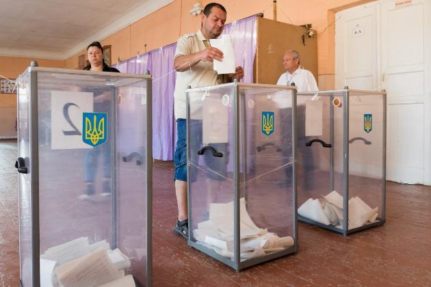 У трьох областях України поліція викрила схему штучного збільшення кількості виборців (відео)