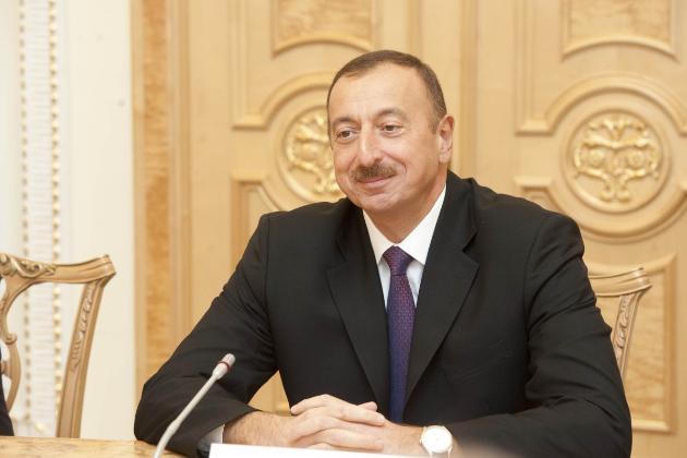 Президент Азербайджану заявив, що Вірменія має до кінця місяця вивести війська з Карабаху
