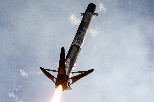 «Космічні» вихідні Маска. Його компанія всьоме використає ракету Falcon 9 для доставки апаратів на орбіту