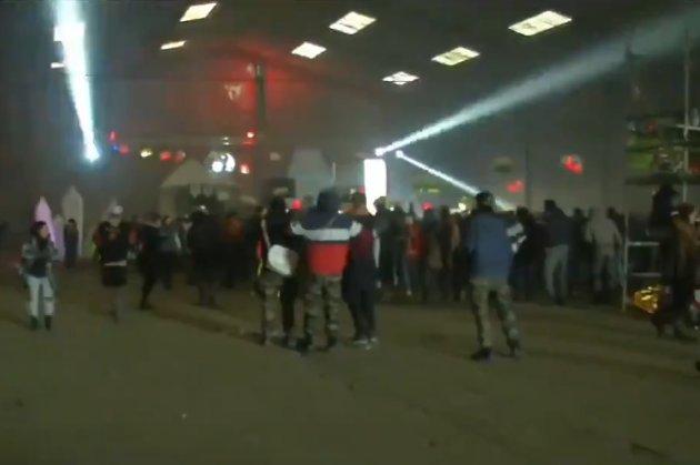 Добре погуляли! У Франції поліція розганяла двотисячну нелегальну новорічну дискотеку