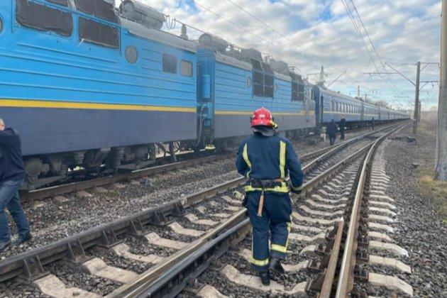 На Рівненщині під час руху загорівся поїзд з понад 250 людьми