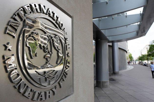 У 2021 році українська держава, тобто ми зі своєї кишені, маємо погасити $1,67 млрд боргу МВФ