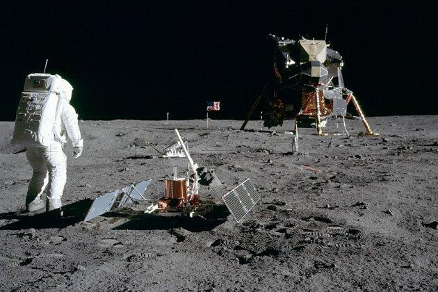 Тепер і на Місяці є заповідники. У США прийняли закон про захист місць висадки «Аполлону»