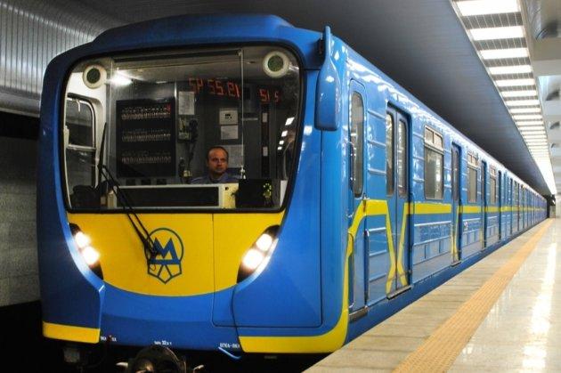 У київському метро під час локдауну можуть запровадити обмеження