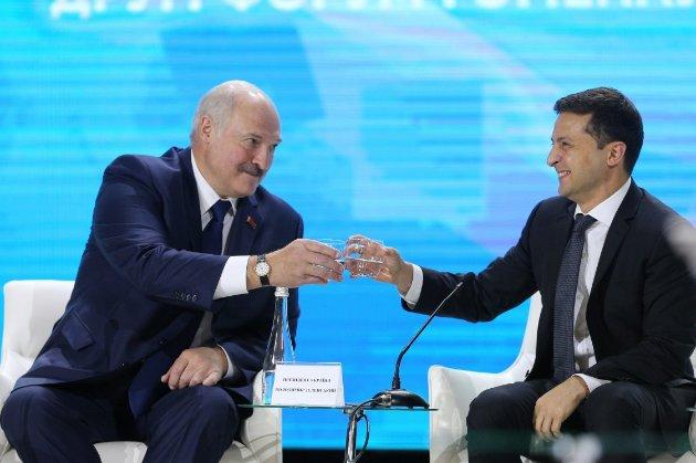 «Я зла не тримаю». Лукашенко вважає, що ініціативу для відновлення стосунків має виявити Україна