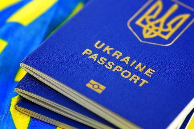У 2020-му Польща видала українцям понад 500 тис. віз