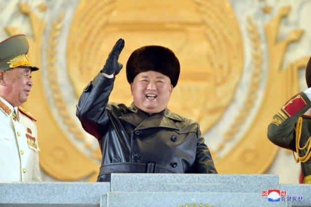 Кім Чен Ин продемонстрував нові балістичні ракети