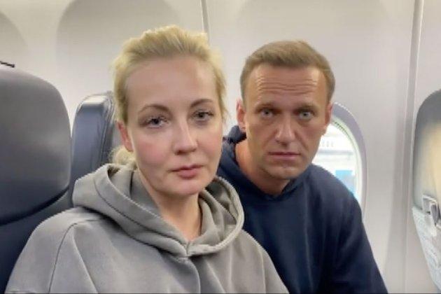 Навального затримали в Москві одразу після повернення (відео)