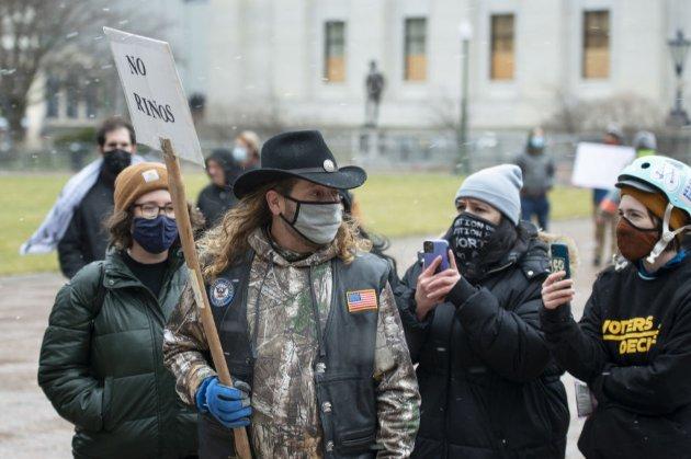 Демократія як фортеця. Напередодні інавгурації Байдена держбудівлі США охороняють тисячі нацгвардійців