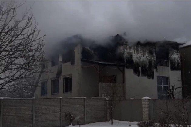 У Харкові внаслідок пожежі у будинку для літніх людей загинуло 15 осіб (відео)