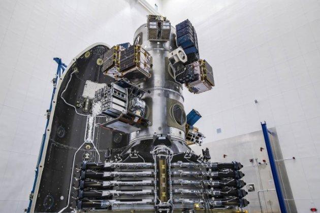 Місія SpaceX Transporter-1 доставила на орбіту відразу 143 супутники