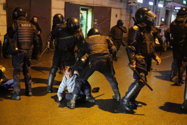 «Глибоко стурбовані». Члени ПАРЄ пообіцяли Росії «юридичні висновки» після жорсткого придушення протестів