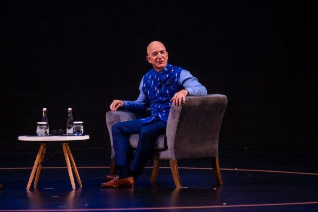 Найбагатша людина на Землі Джефф Безос піде з поста гендиректора Amazon