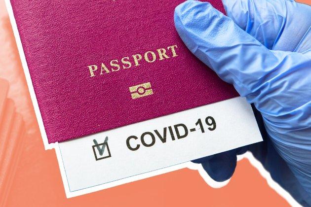 У мене немає паспорту про вакцинацію від COVID-19 або смартфона. Як мені подорожувати?
