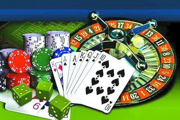 Щастить же декому. Нардеп зі «Слуги народу» шість разів виграв сотні тисяч гривень у азартних іграх