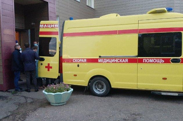 В Омську раптово помер лікар, який керував лікуванням Навального одразу після отруєння