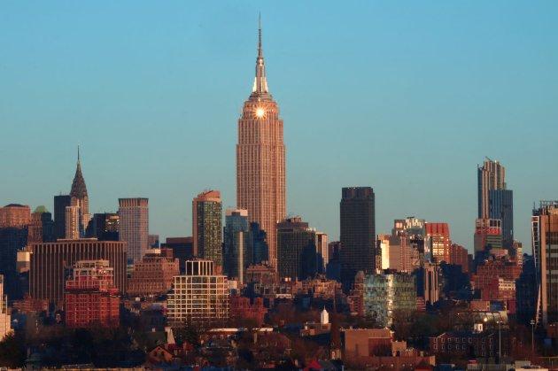 Хмарочос Емпайр-Стейт-Білдінг у Нью-Йорку повністю перейшов на енергію вітру