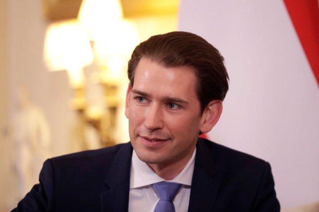 Австрія готова виробляти вакцину з РФ