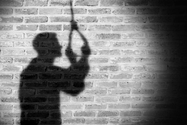 Стало відомо, скількох українців довели до самогубства в 2020-му
