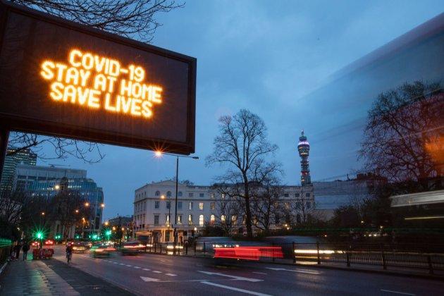 У Британії уряд хоче на десять років ув'язнювати туристів за порушення режиму карантину