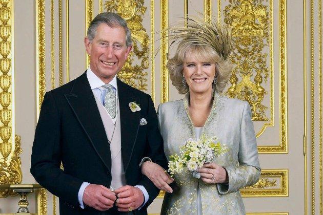 Принц Чарльз із дружиною зробили щеплення від COVID-19