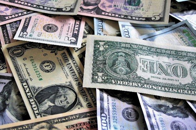 Зовнішній борг України утричі перевищив середній показник для країн із низьким і середнім доходом