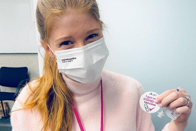 Донька Білла Гейтса пожалілась, що не отримала чипа від батька під час час вакцинації