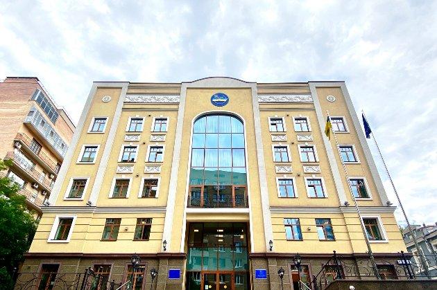 Рада оприлюднила три законопроєкти Зеленського про реформу судової системи