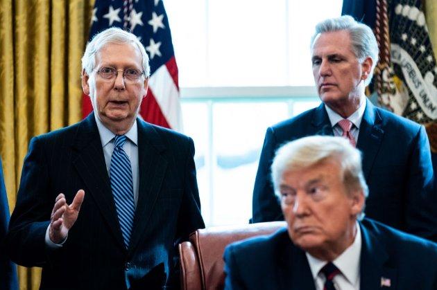 Трамп висловився проти лідера республіканців у Сенаті