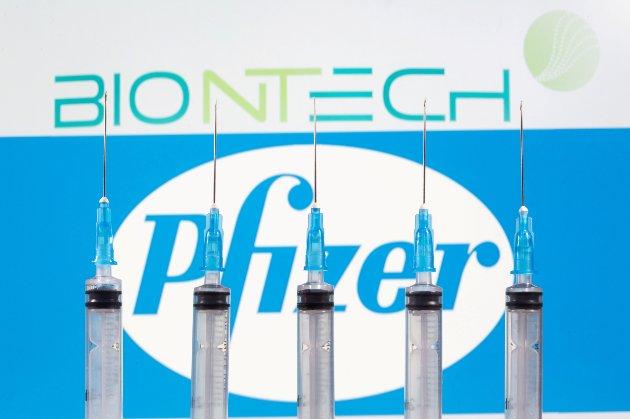 Європейський Союз недоотримав від Pfizer третину замовлених вакцин проти COVID-19