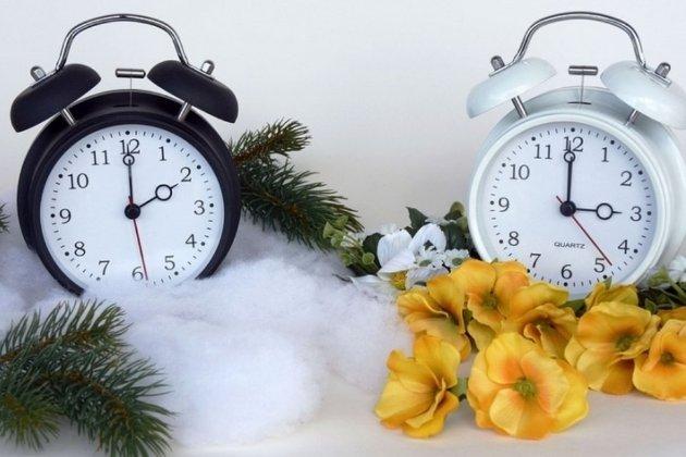 Переведення годинників. Комітет ВР схвалив законопроєкт про скасування переходу на літній і зимовий час