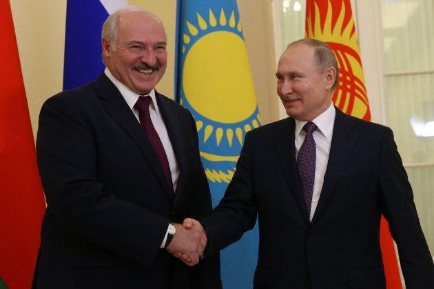 Лукашенко пообіцяв не просити гроші в Путіна під час прийдешньої зустрічі