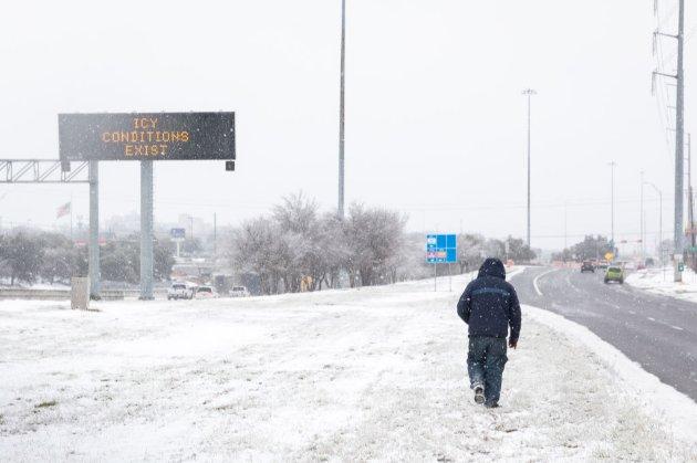 Байден оголосив Техас зоною стихійного лиха. Є загиблі (відео)