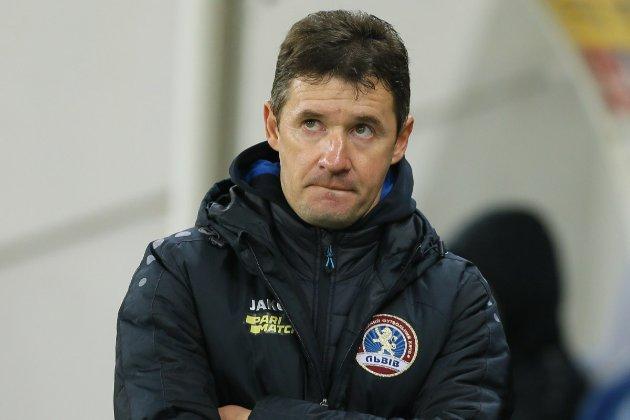 Тренер ФК «Львів» наголосив, що арбітр дав йому жовту картку у відповідь на прохання розмовляти українською