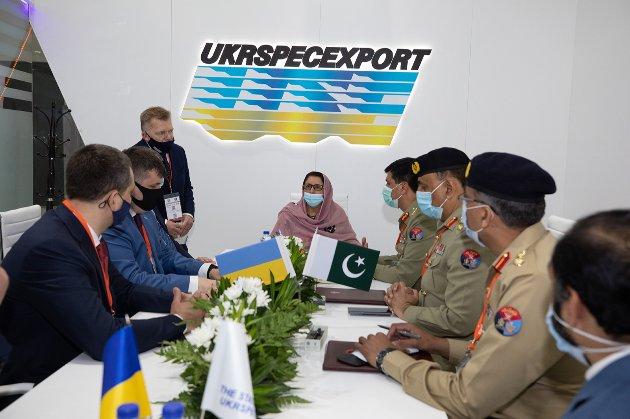 «Укрспецекспорт» підписав контракт з Пакистаном про ремонт танків на $85,6 млн