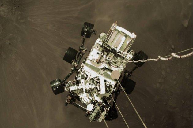 «Cпокій та велич». Марсохід Perseverance надіслав на Землю перше відео і аудіо з Марса