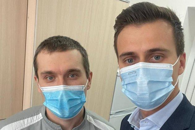 Перший пішов! В Україні стартувала вакцинація від COVID-19