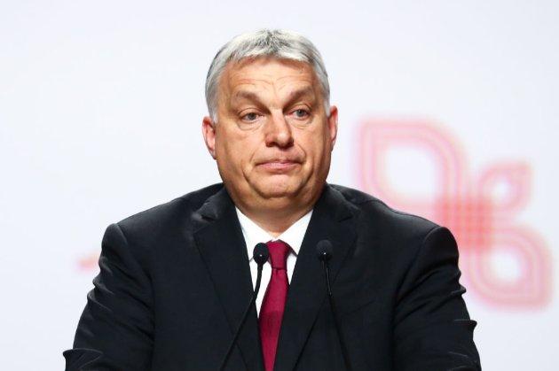 Найбільша група Європарламенту змінює правила, щоб вигнати партію угорського прем'єра
