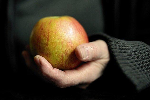 Яблучний сюрприз. Китаянка отримала пакетик з напоєм замість останнього айфону