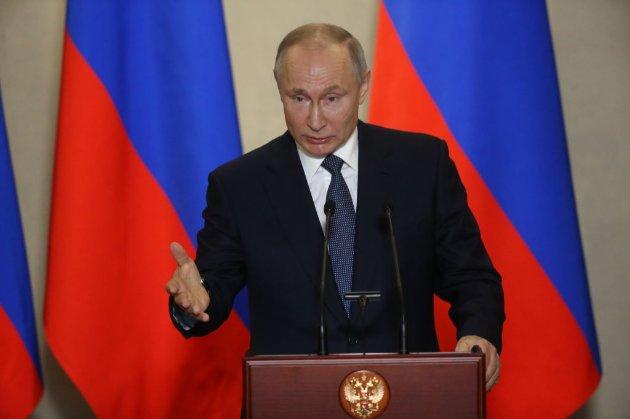 Путін наказав поліцейським активно моніторити інтернет