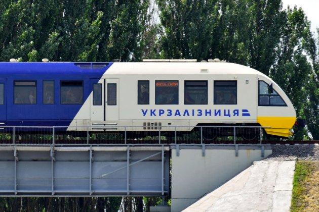 Поїзди не їздитимуть до Чернівецької та Житомирської областей із 7 до 12 березня