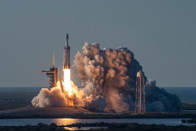 SpaceX погодилася запустити український супутник «Січ 2-1»