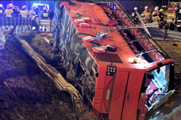 У Польщі пасажирський автобус потрапив у ДТП. Загинули шестеро українців, 15 госпіталізовані