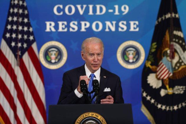 Байден та американці у виграші. Конгрес США ухвалив план соцдопомоги на час COVID-19 на суму $1,9 трлн