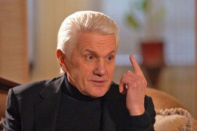 «Знайомі лікарі передали, що в Україні є вакцина, і якщо ви погодитеся, — ми дамо телефон, куди ви зможете подзвонити», — Литвин