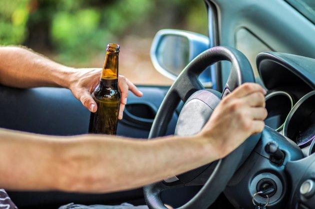 Зеленський підписав закон про посилення штрафів за п'яне водіння та перевищення швидкості