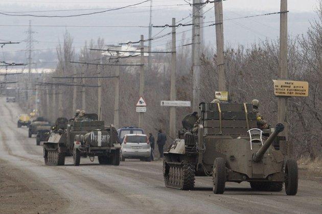 Росія готова до відкритого введення військ в Україну, вважає колишній заступник міністра