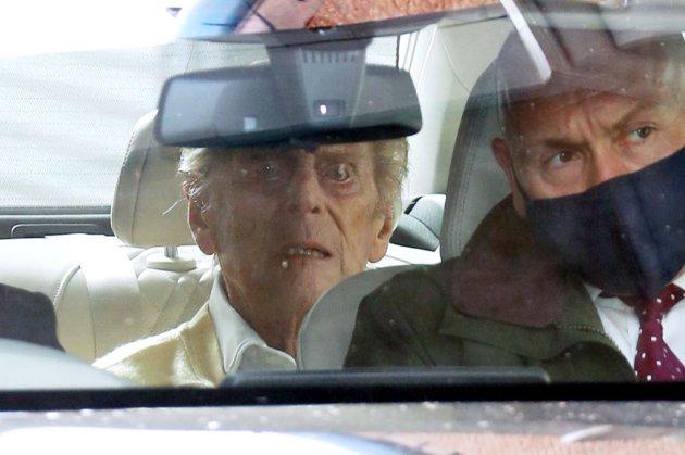 Принц Філіп виписався з лікарні після операції на серці