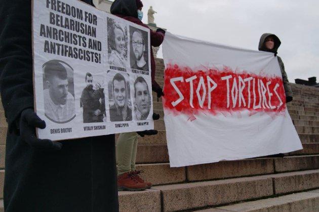 «Анархісти з України». Слідчий комітет Білорусі заявляє, що викрив «міжнародних» терористів