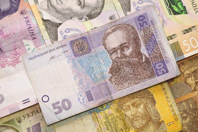 ФОПам і працівникам виплатять по 8 тис. грн через посилення карантину у «червоних» зонах